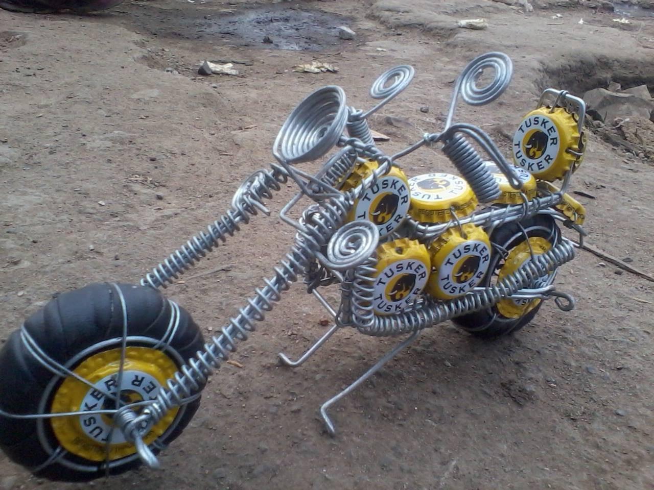 geri donusturulmus metal tel motosiklet kia icinde el yapimi